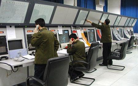 部队值班室控制台图片